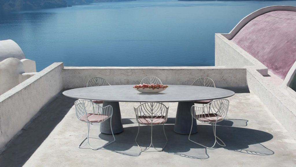 luxury outdoor dining tabels